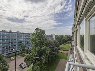 Gravin Juliana Van Stolberglaan 258 in Leidschendam 2263 VL