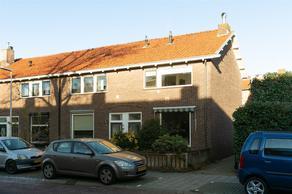 P.M.R. Versteeghstraat 51 in Bussum 1403 RT