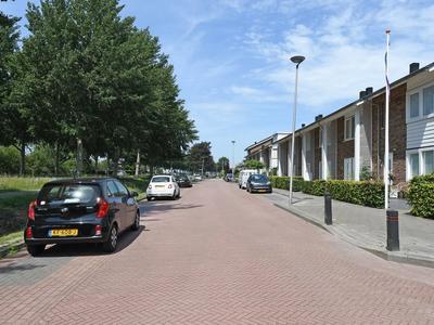 Burgemeester Folkertslaan 27 in Elburg 8081 AZ