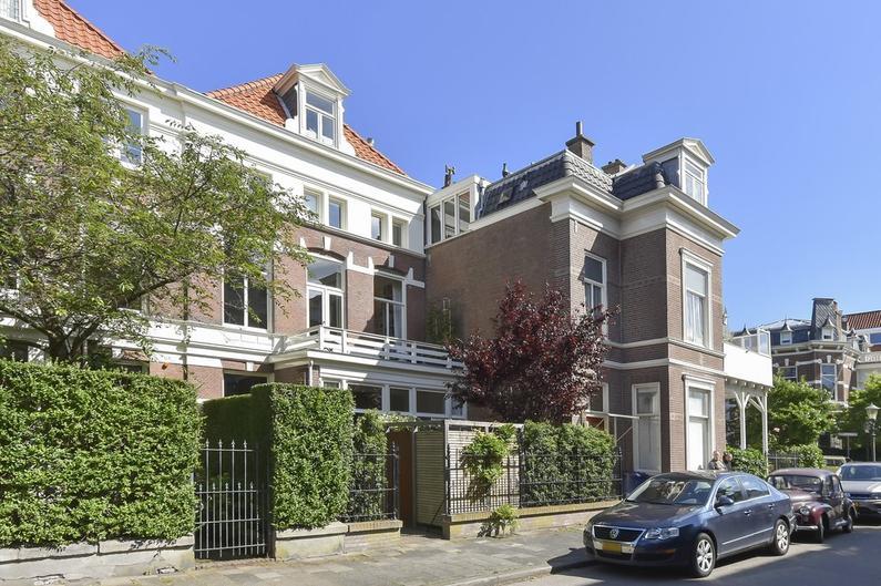 Riouwstraat 36 in 'S-Gravenhage 2585 HB