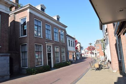 Hoogstraat 37 in Werkendam 4251 CH