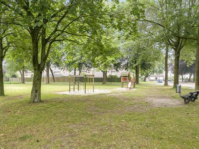 Kamillestraat 34 in Beek En Donk 5741 VP