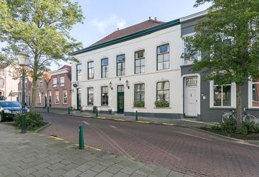 Stationsstraat 15 -17 in Zevenbergen 4761 BP