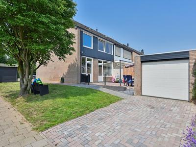 Vriendenkringstraat 63 in Limbricht 6141 LH