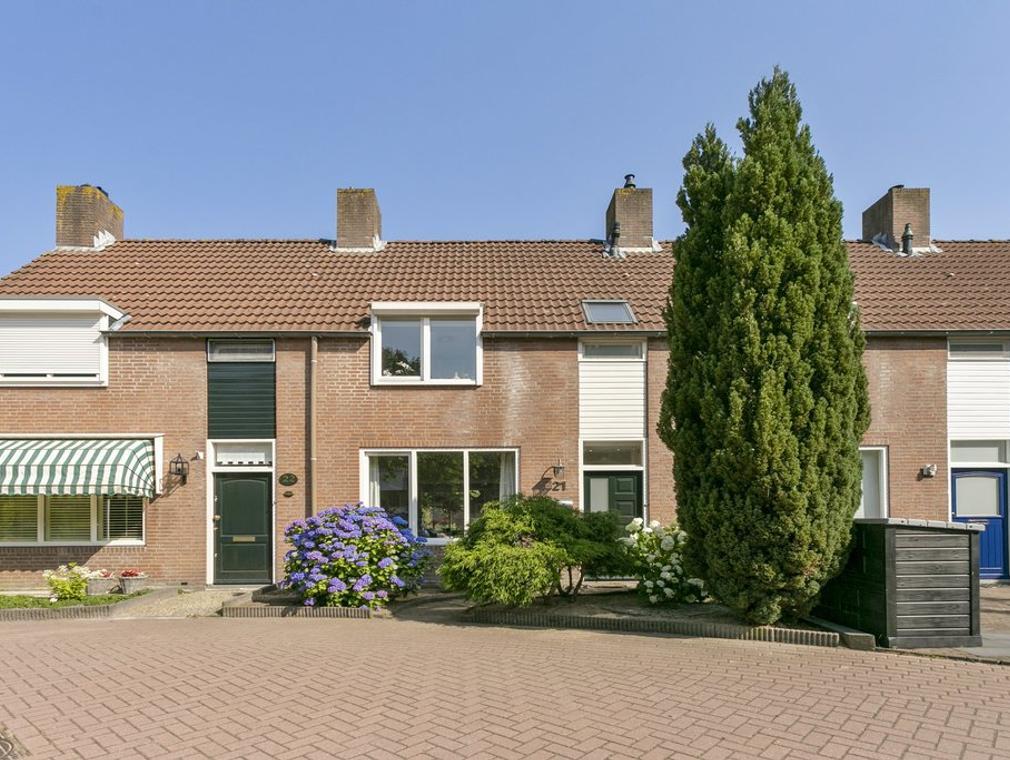 Hierdense Beek 21 in Tilburg 5032 RN