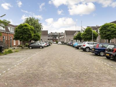 Polderstraat 19 in Leeuwarden 8933 EW