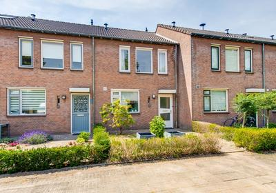 Sterreschans 27 in Prinsenbeek 4841 DS