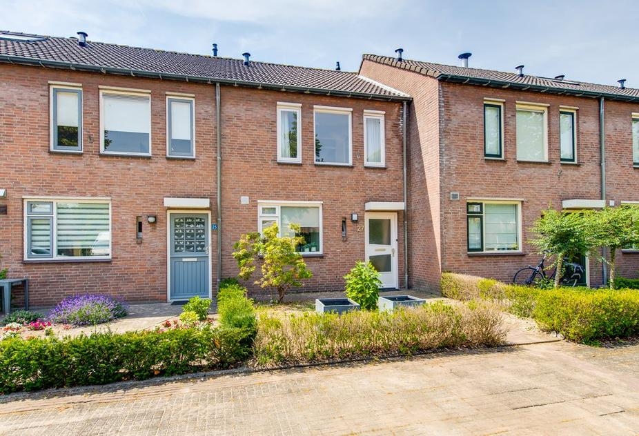 Sterreschans 27 in Prinsenbeek 4841 DS