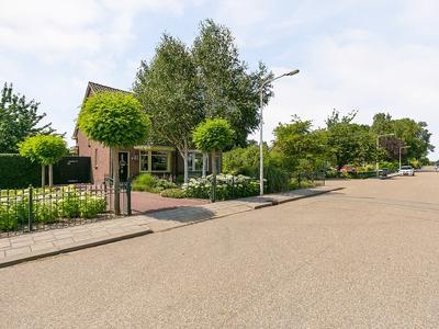 Carnisseweg 74 in Barendrecht 2993 AE