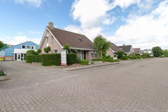 Neringstraat 10 in Kampen 8263 BG