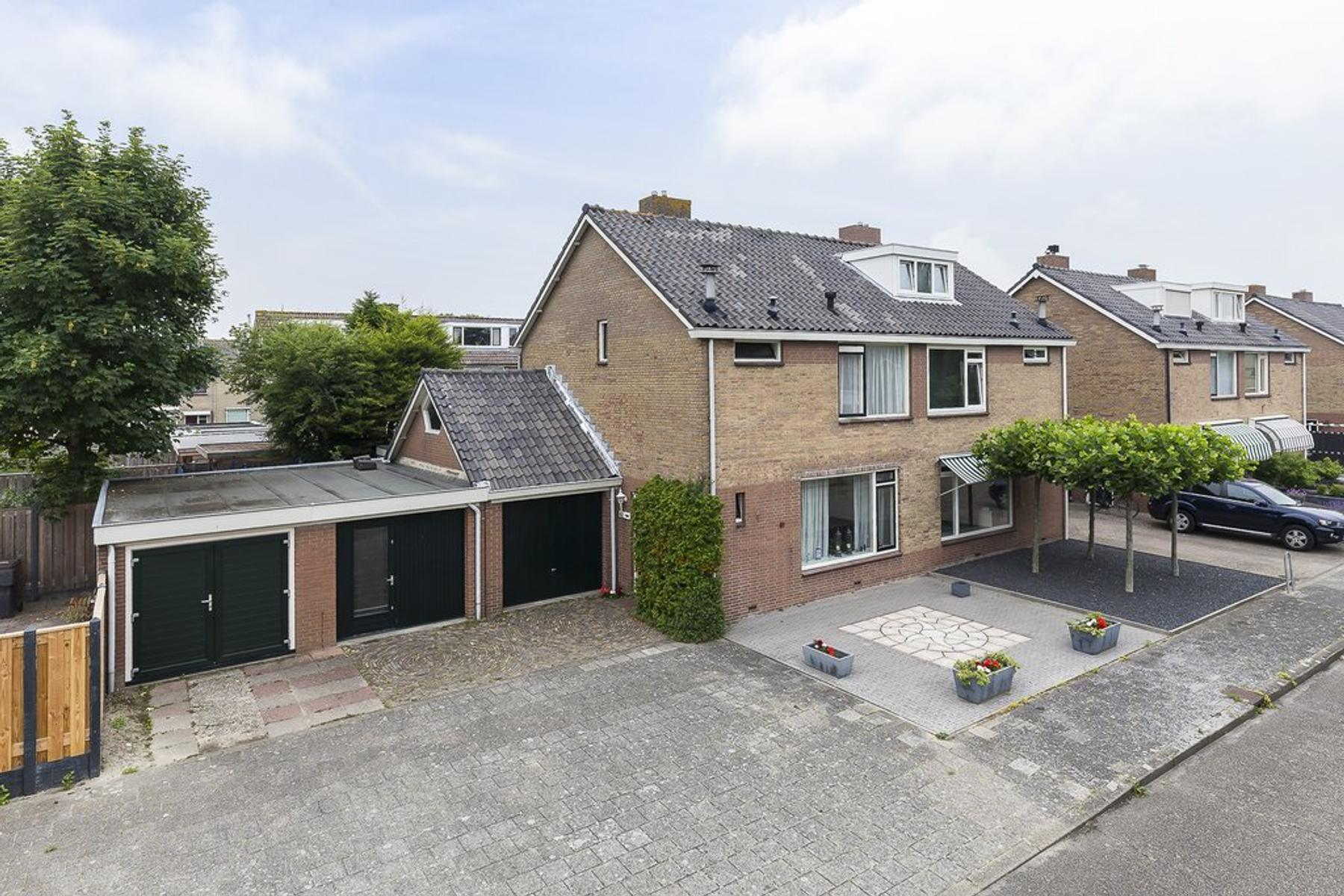 Distelstraat 41 in Nieuw-Vennep 2153 CB