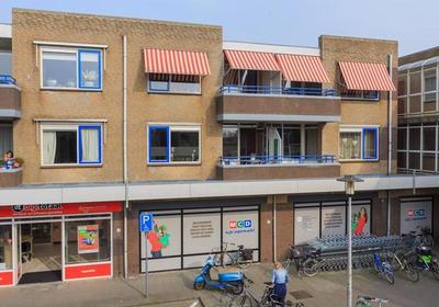 Dokter Stapenseastraat 9 in Leimuiden 2451 AC
