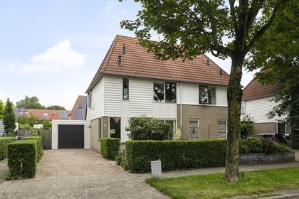 Almereweg 34 in Zeewolde 3891 ZP