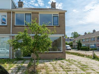 Lingestraat 11 in Ridderkerk 2987 CE