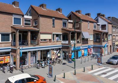 Westvoorstraat 44 in Dinteloord 4671 CE