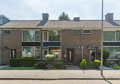 Joost Van Den Vondellaan 8 in Uithoorn 1422 HL