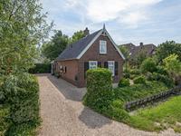 Perzikstraat 30 in Wijk En Aalburg 4261 KD