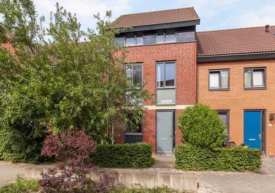 Grateastraat 65 in Capelle Aan Den IJssel 2909 PE