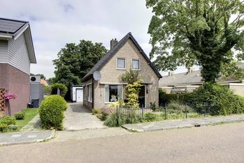 Kooistraat 4 in Kantens 9995 PW