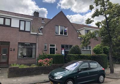 Huizumerlaan 126 in Leeuwarden 8934 BL