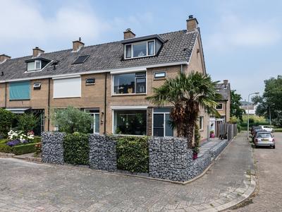 Ravelstraat 32 in Ridderkerk 2983 BM
