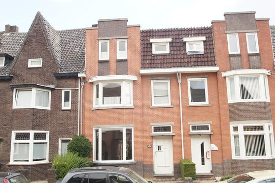 Pastoor Vonckenstraat 104 in Geleen 6166 CZ