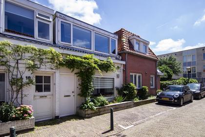 Spoorbuurtstraat 8 in Zandvoort 2042 KE