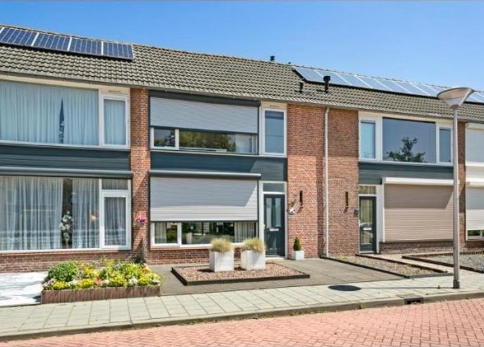 Van Glymesstraat 33 in Steenbergen 4651 LL