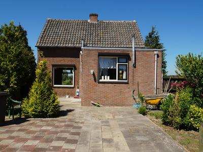 Bremstraat 172 in St. Willebrord 4711 RP