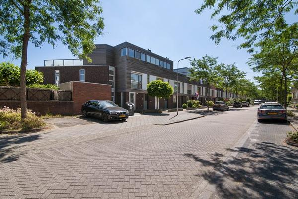 Schouw 43 in Alphen Aan Den Rijn 2408 RW