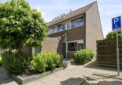Frederik Maystraat 2 in Bergen Op Zoom 4614 EH