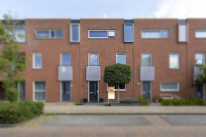 Villa Fonteinkruid 45 in Waalwijk 5146 AE