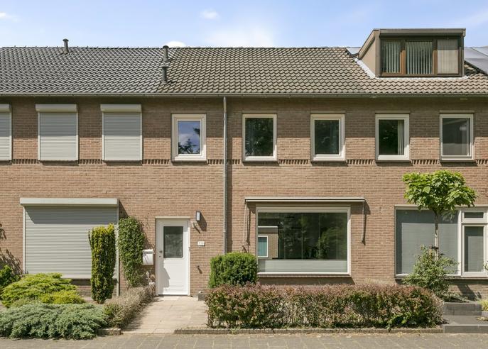 Vaarzenhof 704 in Uden 5403 TG