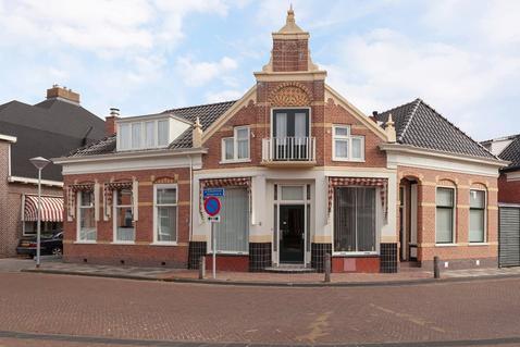 Schoolstraat 2 in Uithuizen 9981 AN
