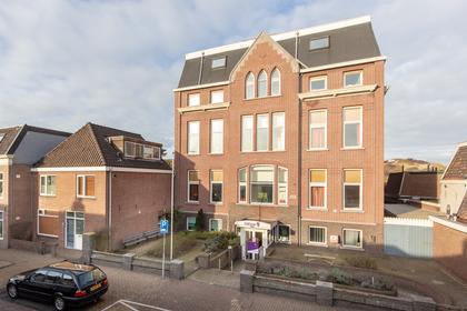 Voorstraat 40 -42 in Wijk Aan Zee 1949 BJ