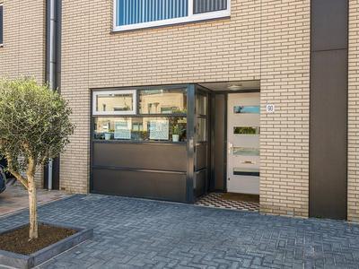 Gouwe 90 in Nieuwerkerk A/D IJssel 2911 GA