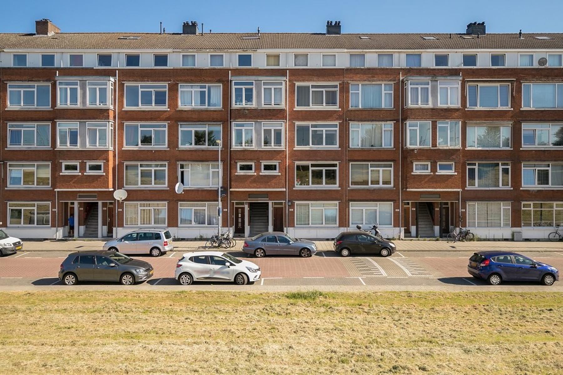 Schiedamseweg Beneden 499 C in Rotterdam 3028 BR