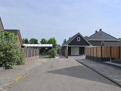 Essenakker 21 in Oosterwolde Gld 8097 SP