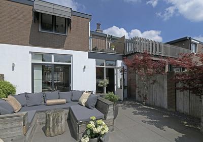 Angulariusstraat 2 in Naaldwijk 2671 HH