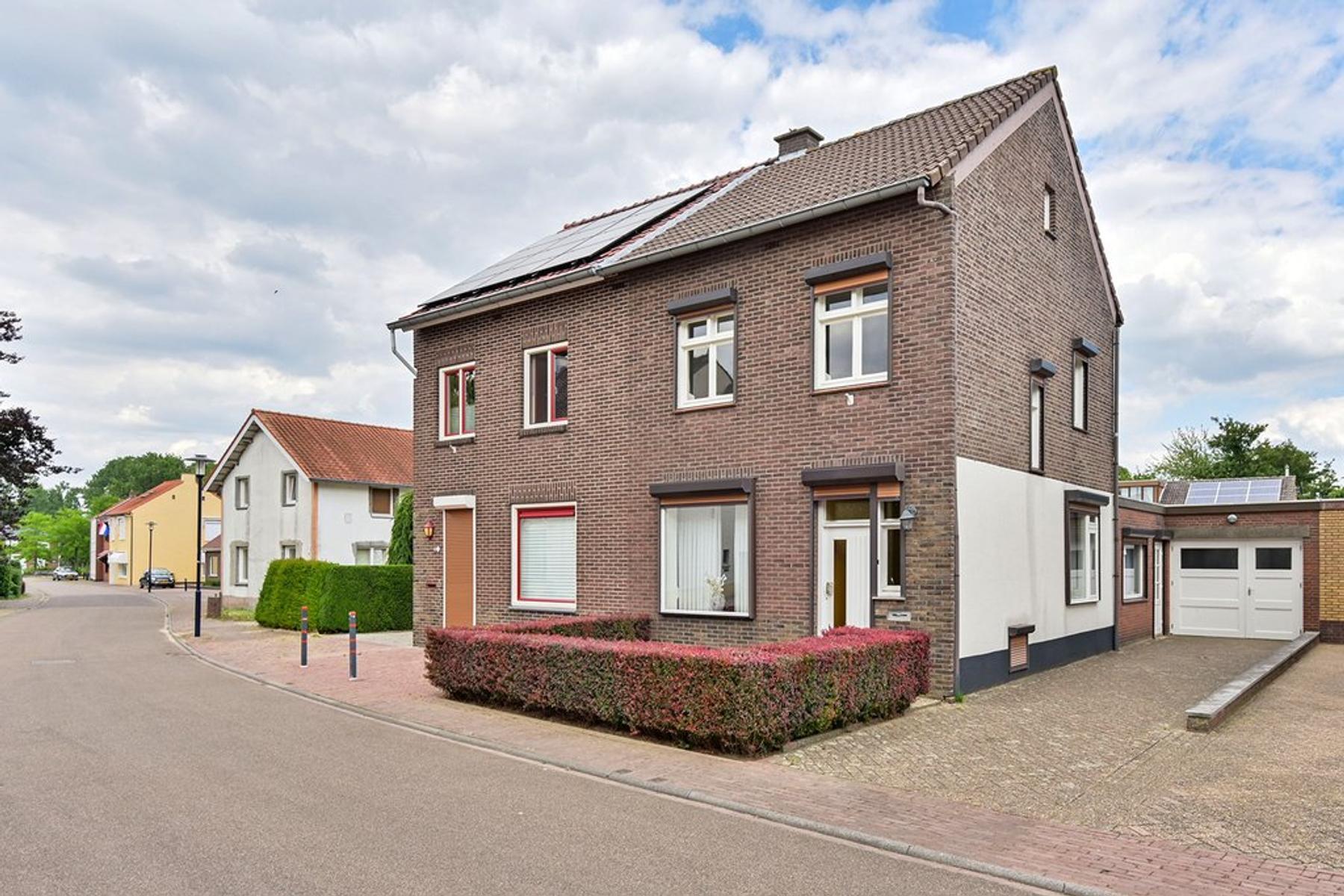 Maasstraat 23 in Obbicht 6125 AR
