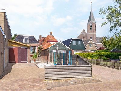Langebuorren 15 in Hallum 9074 CE