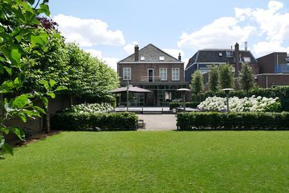 Grotestraat 395 in Waalwijk 5142 CB