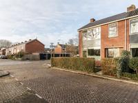 Burgemeester De Roostraat 28 in Dordrecht 3319 CC