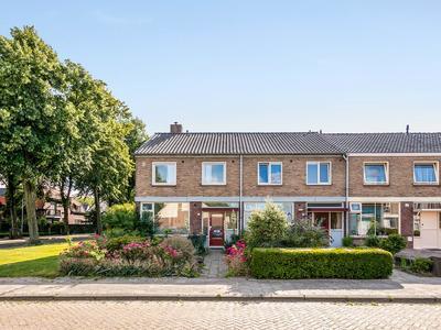 Van Den Elsenstraat 19 in Etten-Leur 4872 TG