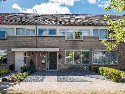 Aalsburg 2221 in Wijchen 6602 VP