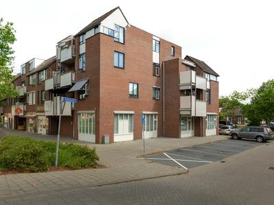 Stuifzwam 78 in Alphen Aan Den Rijn 2403 HL