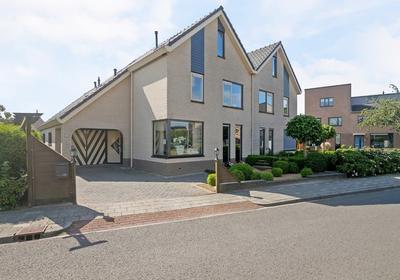Zeegravensingel 6 in IJsselmuiden 8271 KE