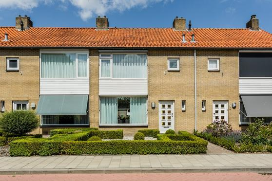 Prinses Christinastraat 14 in Berkel-Enschot 5056 HG