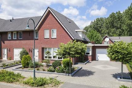 Bleyenbeekdreef 35 in Helmond 5709 RL