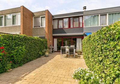 Zilverdistel 32 in Rotterdam 3068 NV